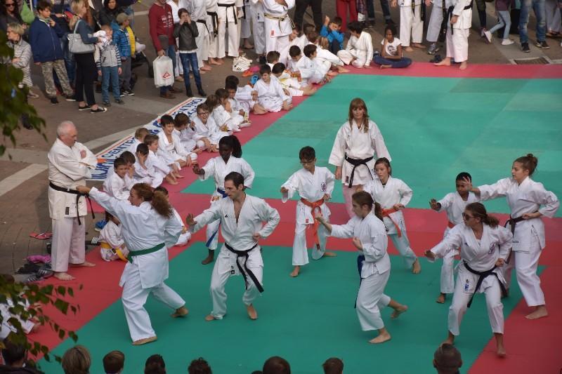 karate in piazza (1) (Copia)