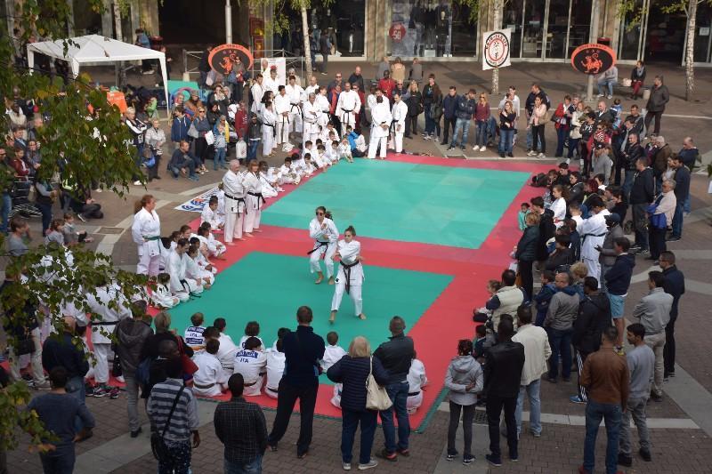 karate in piazza (3) (Copia)