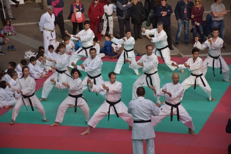 karate in piazza (12) (Copia)