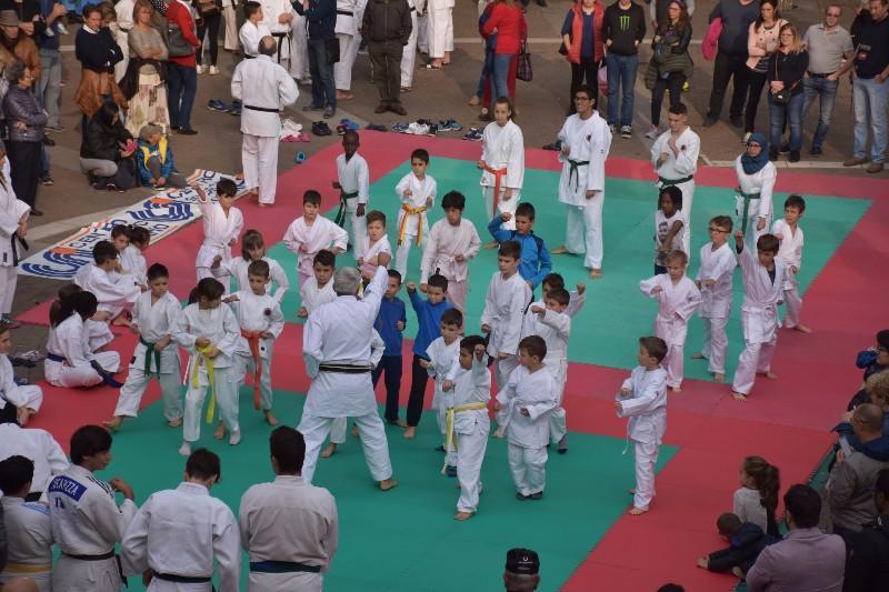 karate in piazza (23) (Copia)