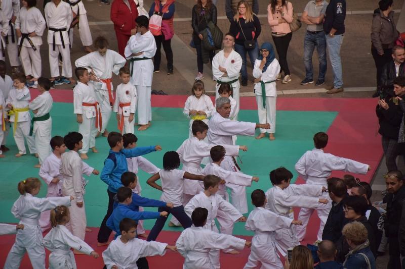 karate in piazza (28) (Copia)
