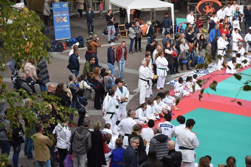 karate in piazza (32) (Copia)