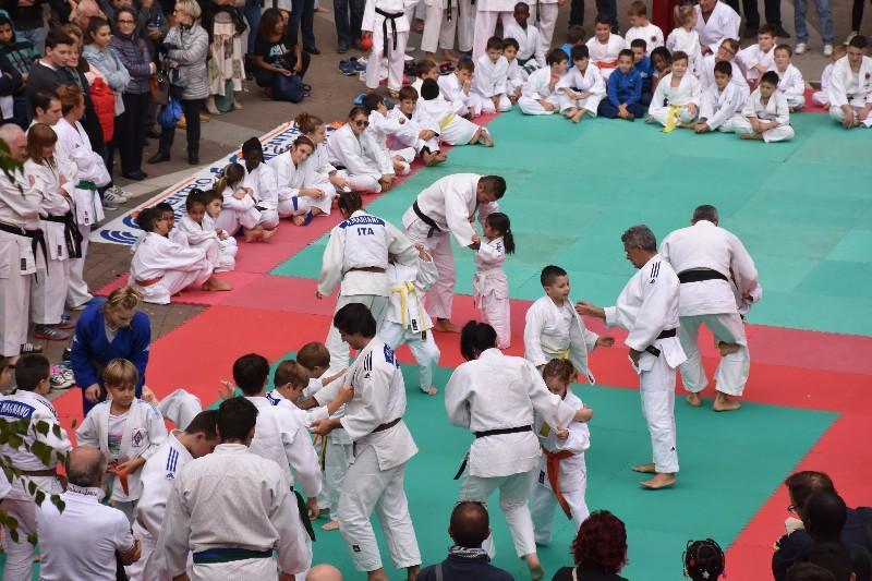 karate in piazza (46) (Copia)
