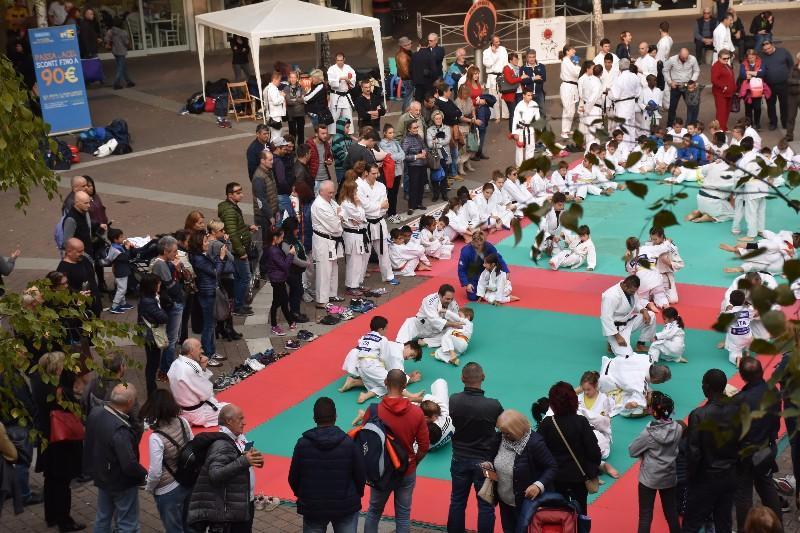 karate in piazza (52) (Copia)