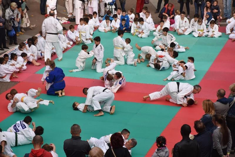 karate in piazza (54) (Copia)
