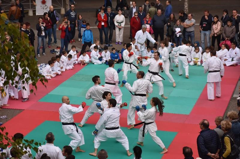karate in piazza (67) (Copia)